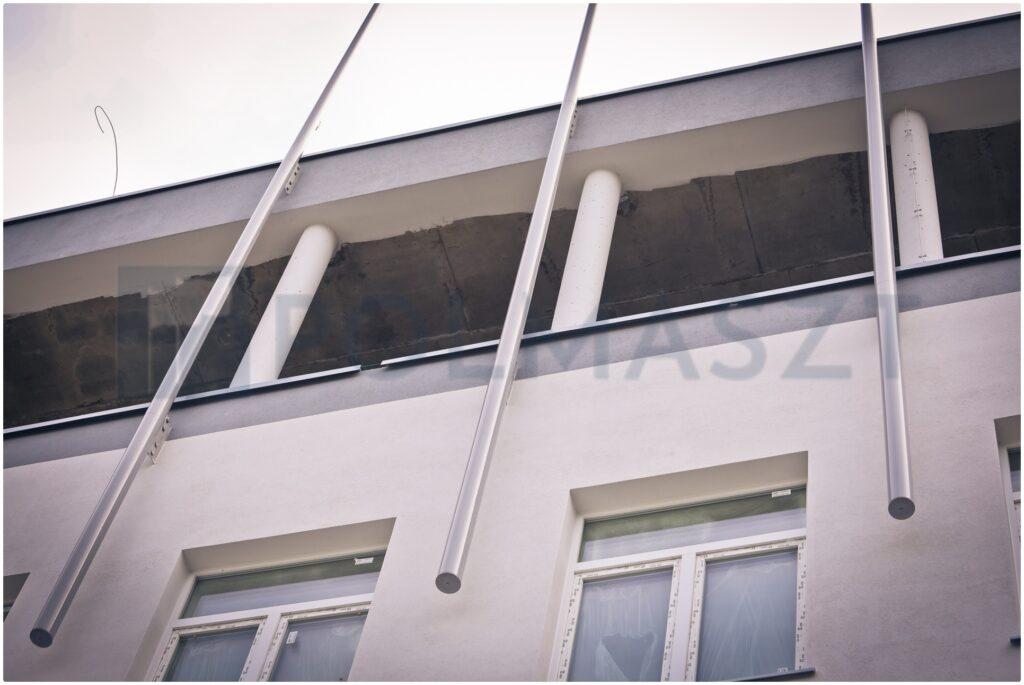 maszt fasadowy na szpitalu w Gdyni